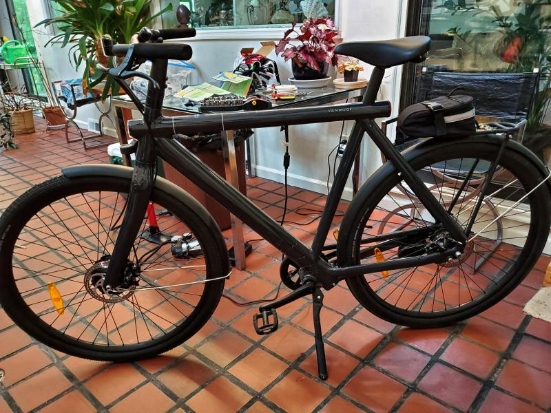 Review of Vanmoof Electrified S2 bicycle   Jim Rome's Interactive Site