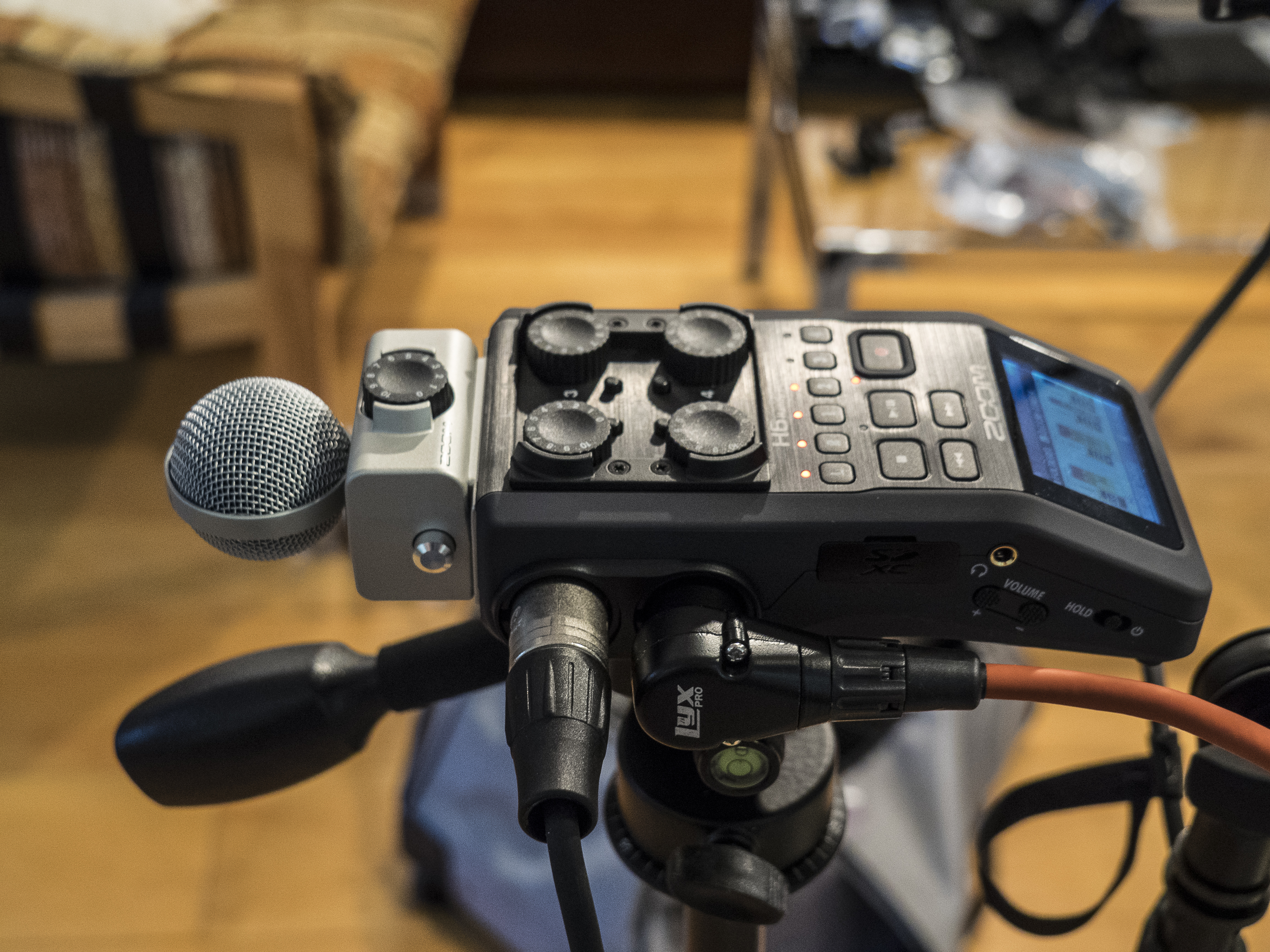 Zoom H6 with MS mic